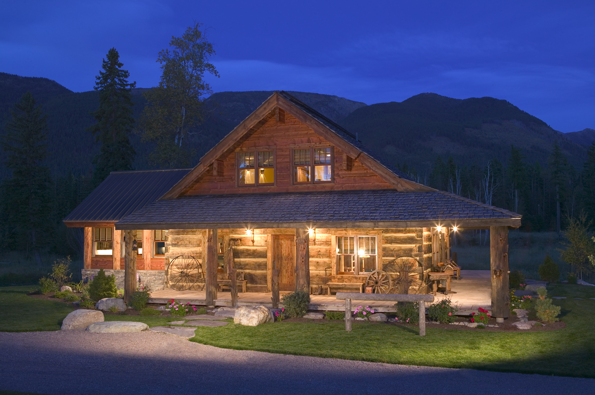 Log cabin exterior lights log home floor plans design for Rocky mountain home builders