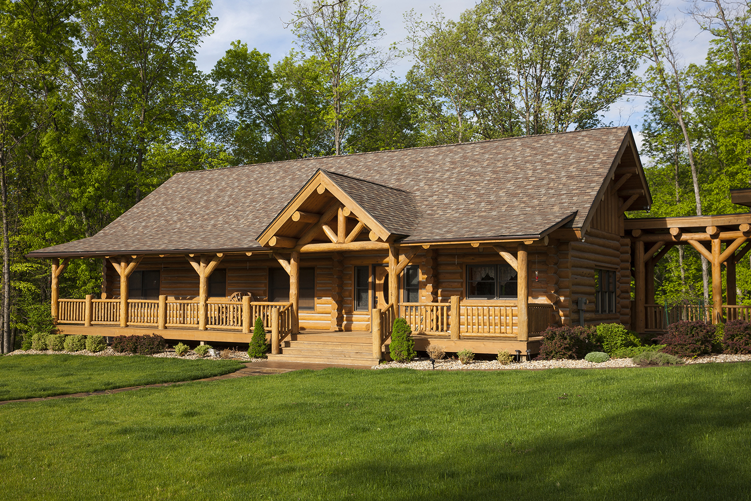 Stwrt guest cabin rocky mountain homes for Rocky mountain home builders