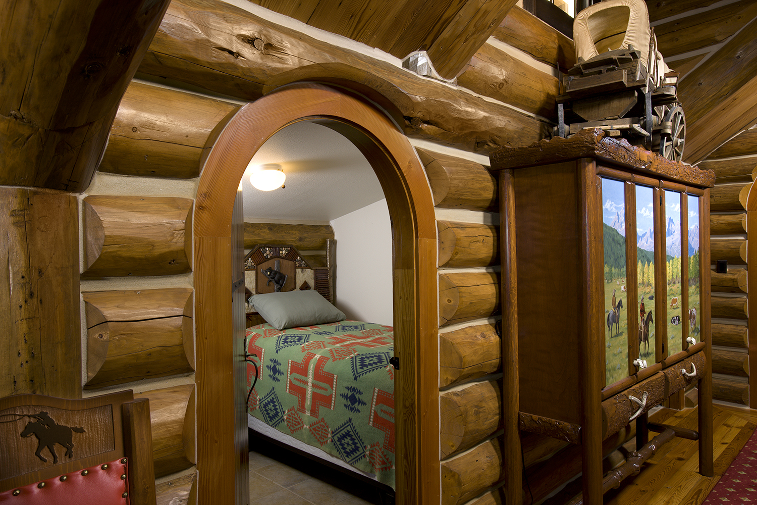 Camp Style Lodge Kids Room