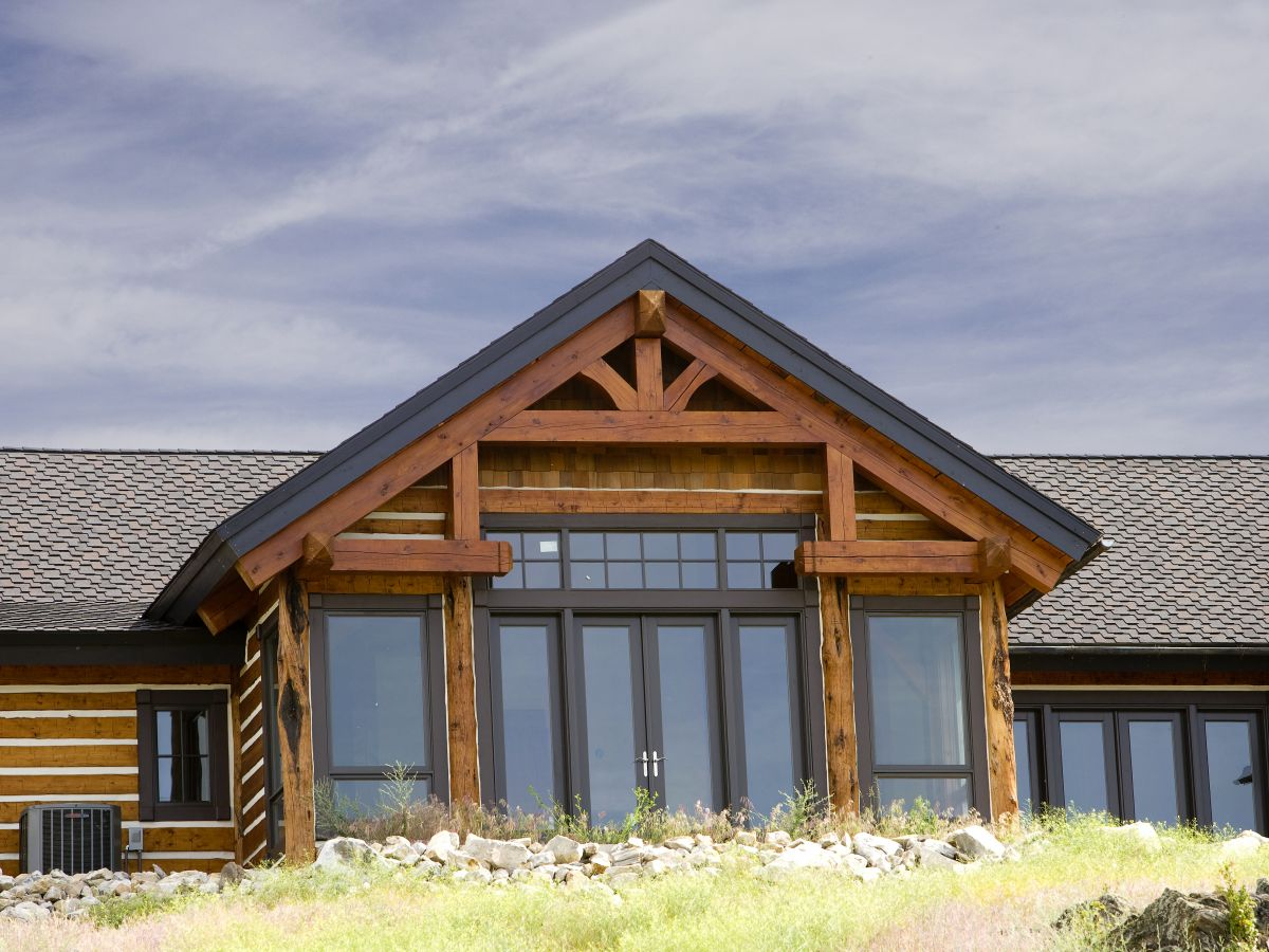 Schl hybrid log home rocky mountain homes for Rocky mountain home builders